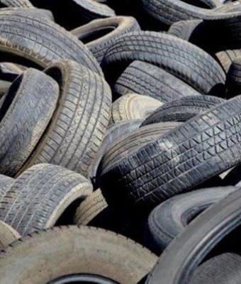Opotrebované pneumatiky nie sú plastovým odpadom