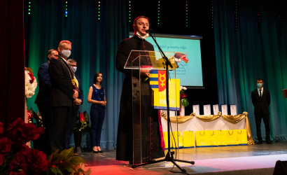 Čestný občan mesta Dunajská Streda v roku 2020 je otec Róbert Kiss