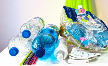 Odvoz separovaného umelohmotného odpadu zo zón s rodinnými domami