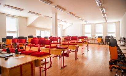 Študenti župných stredných škôl budú pokračovať v dištančnom vzdelávaní