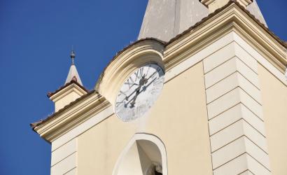 Biskupi žiadajú otvoriť kostoly