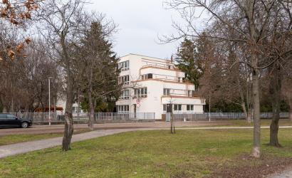 Župné stredné školy otvoria svoje brány najskôr po jarných prázdninách