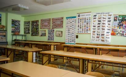 O pokračovaní prezenčného vzdelávania študentov končiacich ročníkov stredných škôl majú rozhodnúť riaditelia a regionálni hygienici