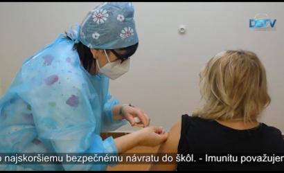 Embedded thumbnail for Prebieha vakcinácia starších ľudí a pedagógov