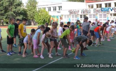 Embedded thumbnail for Aj v Dunajskej Strede fungujú letné školy
