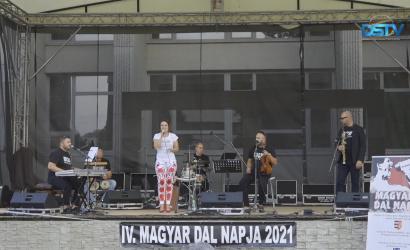 Embedded thumbnail for Maďarské piesne zaspievali tri hudobné formácie
