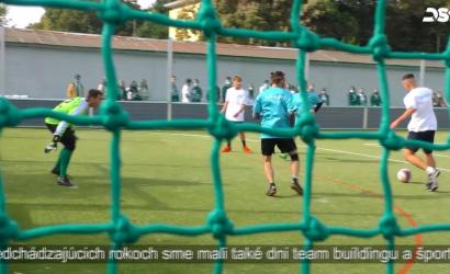 Embedded thumbnail for Športové ihrisko Gymnázia Vámbéryho odovzdali do užívania