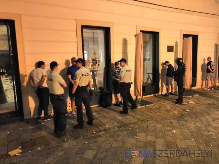 Pobili sa aj fanúšikovia klubu Cracovia Krakow