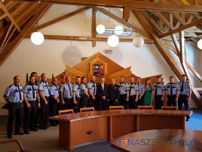 Zvýši sa počet mestských policajtov a opetrovateľov