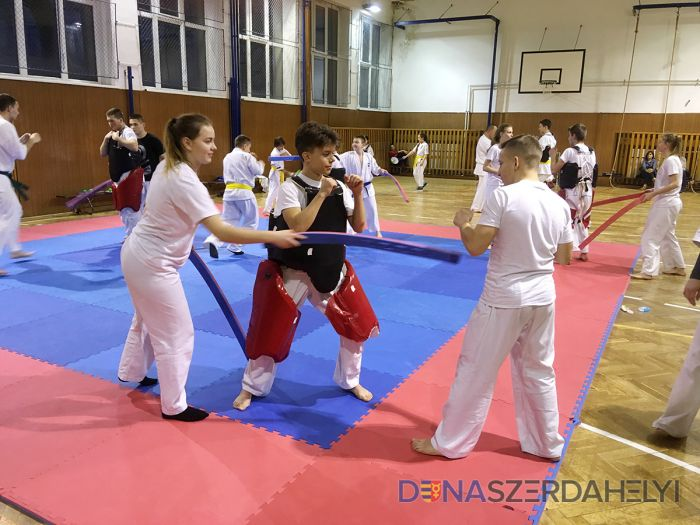 Karatisti začali nový rok tréningom