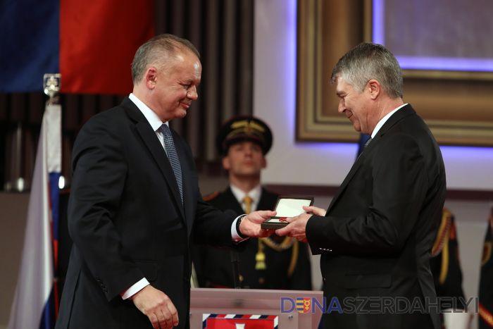 Prezident Kiska udelil vyznamenania aj Dunajskostredčanom