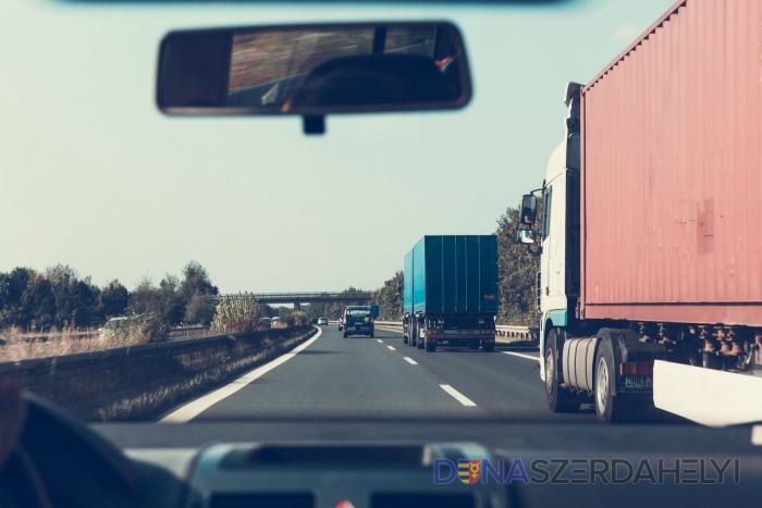 Trnavský samosprávny kraj chce menej nákladných áut v mestách a obciach
