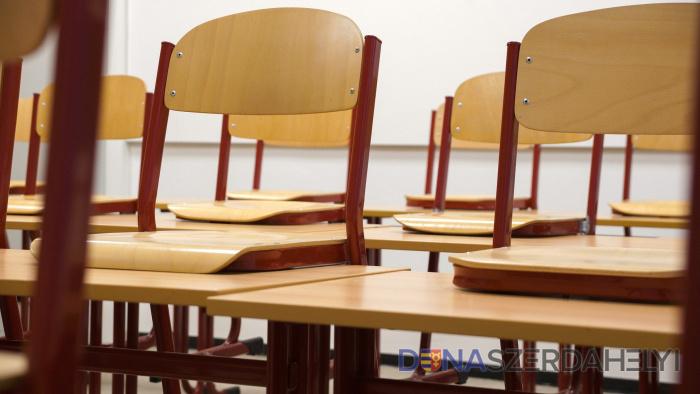 Opatrenia ministerstva školstva - písomné maturity sú zrušené