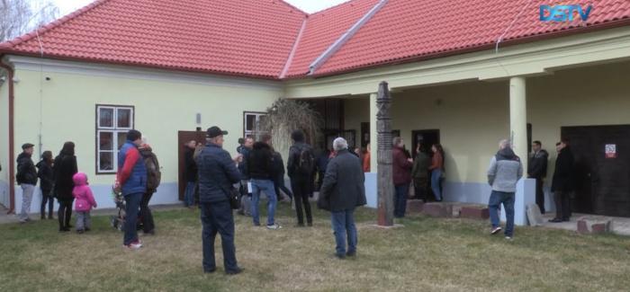 Embedded thumbnail for Slávnostne otvorili obnovený vlastivedný dom