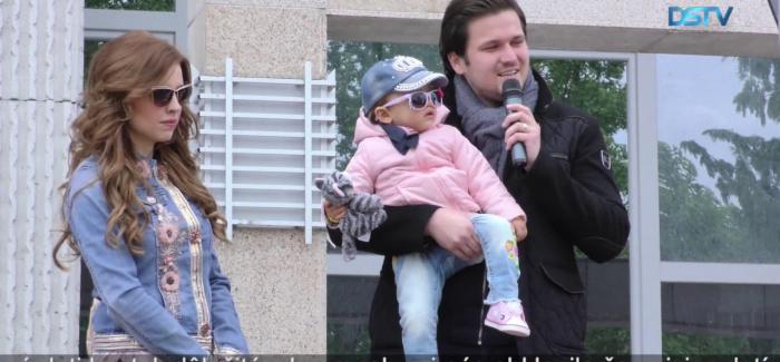Embedded thumbnail for Viac ako sto detí zdvihli do vzduchu v Dunajskej Strede