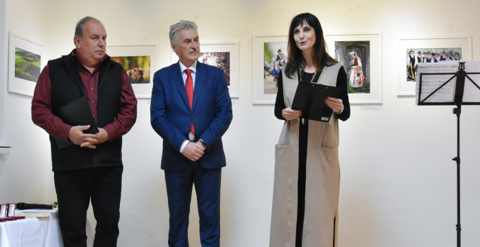 Ďalšia obdivuhodná výstava fotografií v sieňach Gallery Nova