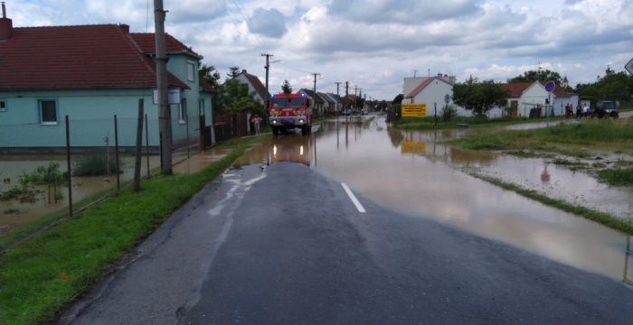 Z krízového fondu budú podporené vodozádržné opatrenia a dobrovoľní hasiči
