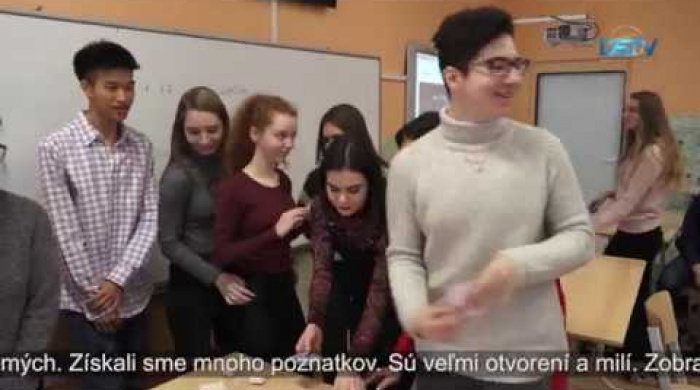 Embedded thumbnail for V súkromnom gymnáziu učili aj zahraniční študenti