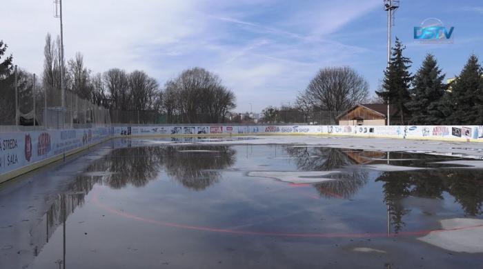 Embedded thumbnail for Pre mierne zimné počasie zatvorili umelú ľadovú plochu