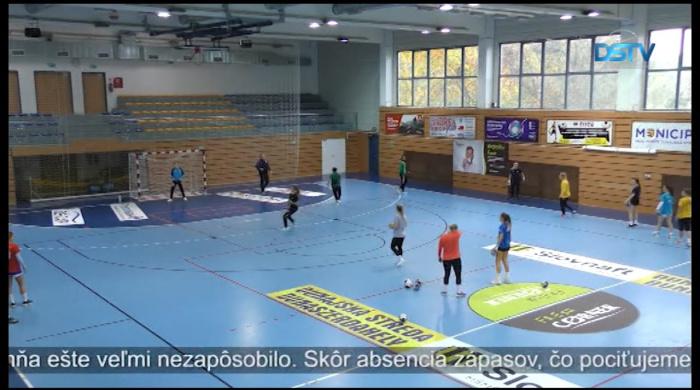 Embedded thumbnail for Nie v štandardnom móde prebieha česko-slovenská MOL liga