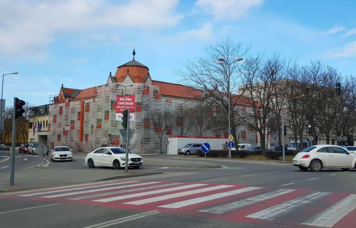 Renovovanú budovu okresného súdu odovzdajú koncom apríla