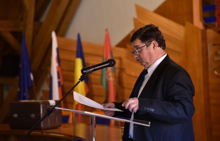 Odborné komisie sa rozšírili o externistov