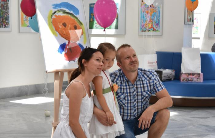 Otvorenie farebnej výstavy malých umelcov