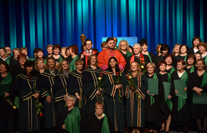 Slávnostné odovzdanie diplomu v Dunajskej Strede