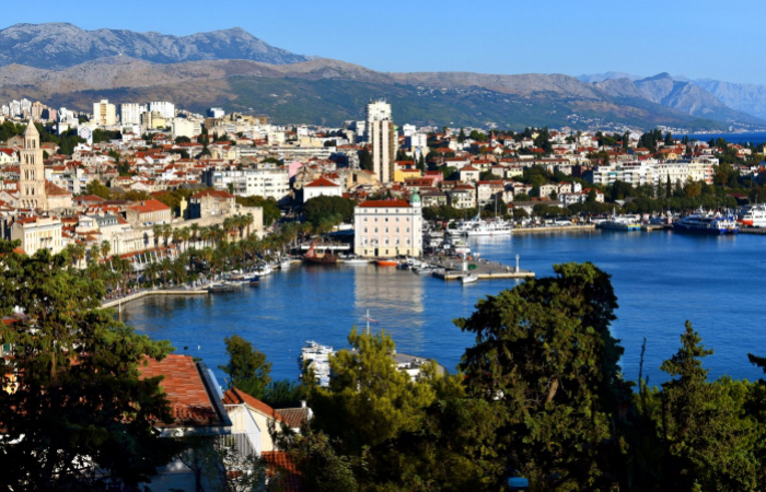 Podmienky vstupu do Chorvátska a chladné zbrane