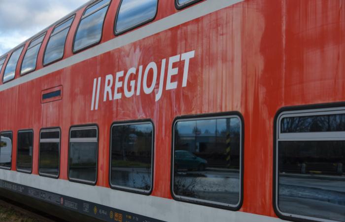 O jednu železničnú súpravu viac