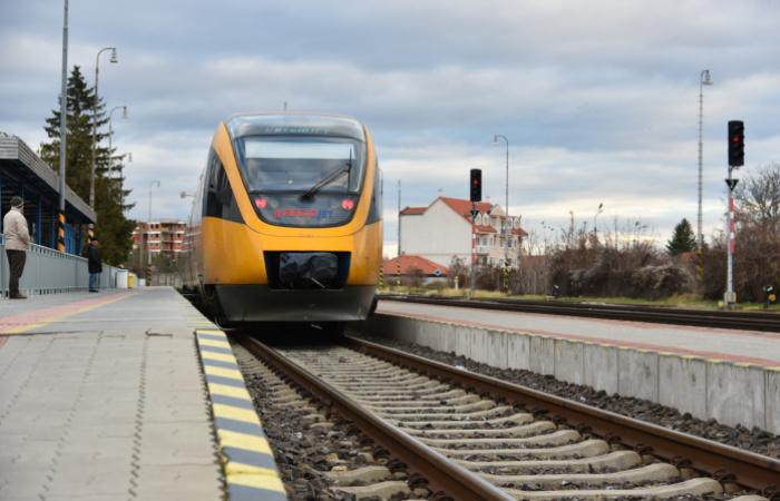 Vlaková doprava sa naďalej zlepšuje