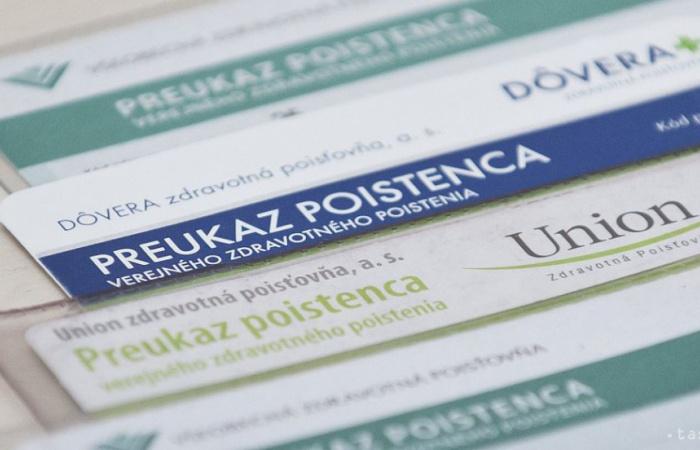 CHAOS v prepoisťovaní: Desiatkam Slovákov zmenili poisťovňu bez ich vedomia.
