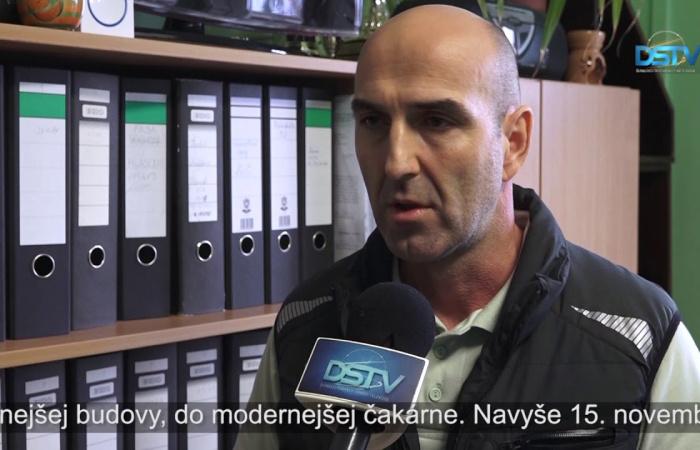Embedded thumbnail for Začína sa riešenie problémov cudzineckej polície v Dunajskej Strede