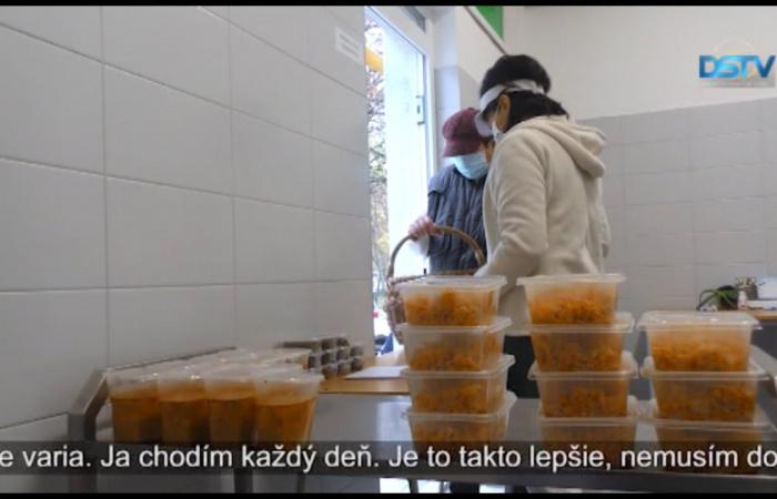 Embedded thumbnail for Čoraz viac dôchodcov využíva stravovacie služby mestského podniku