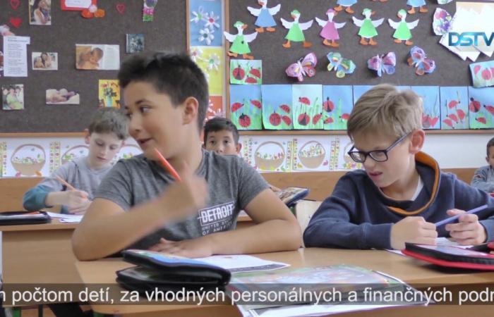 Embedded thumbnail for V Dunajskej Strede rokovali aj o situácii Maďarov na Hornej zemi