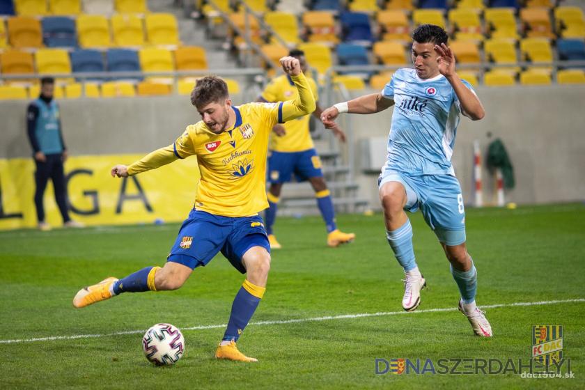 Pred zápasom DAC-Slovan: derby opäť bez fanúšikov