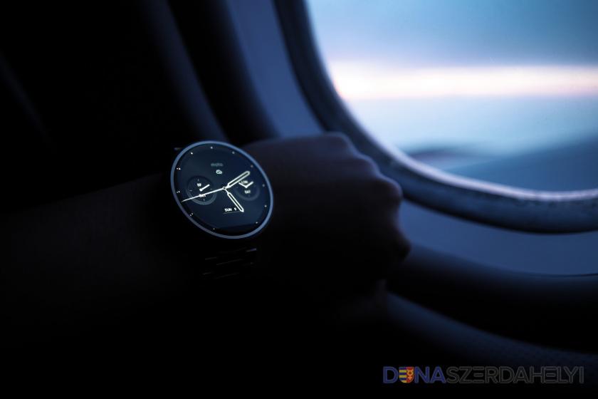 Facebook údajne chystá vlastné smart hodinky s mobilným pripojením