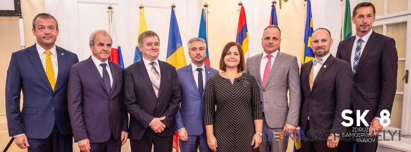 SK 8 vyzýva na zvolanie komisií na tému reformy verejnej správy