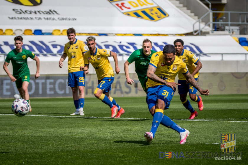 Štatistiky striebornej sezóny 2020/21: karty a penalty