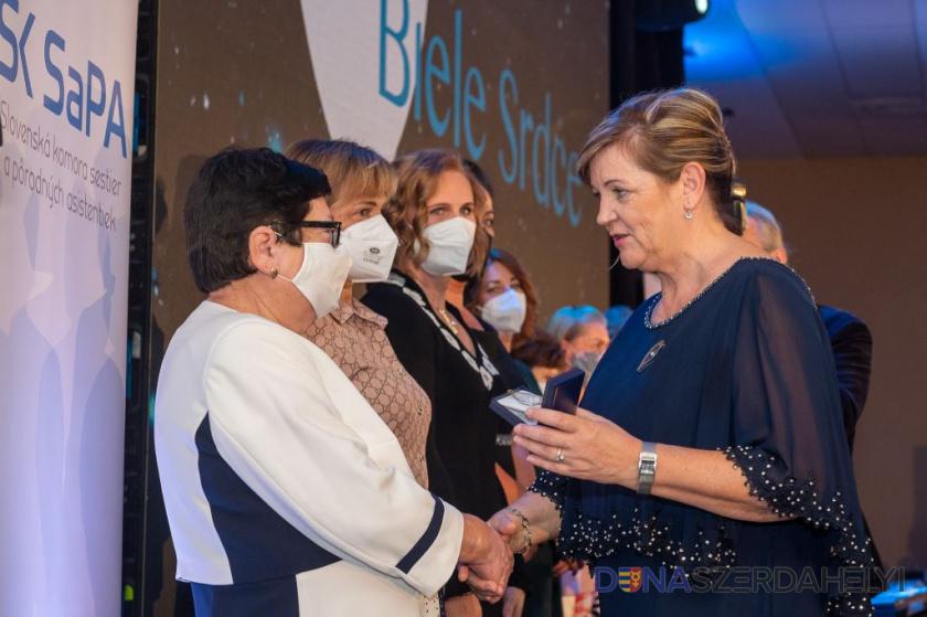 Sestra v galantskej nemocnici získala ocenenie Biele srdce