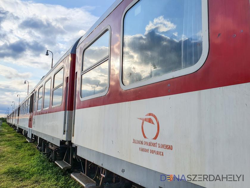Železničné trate sú v žalostnom stave, odkazujú strojvodcovia